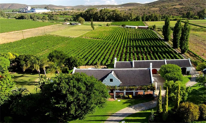 Western Cape: 1 or 2-Night Stay for Two at Beausoleil in Bonnievale
