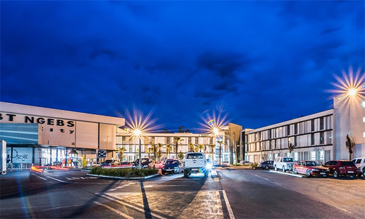 Eastern Cape: 2-Night Anytime Stay for Two Including Breakfast at Mayfair Hotel
