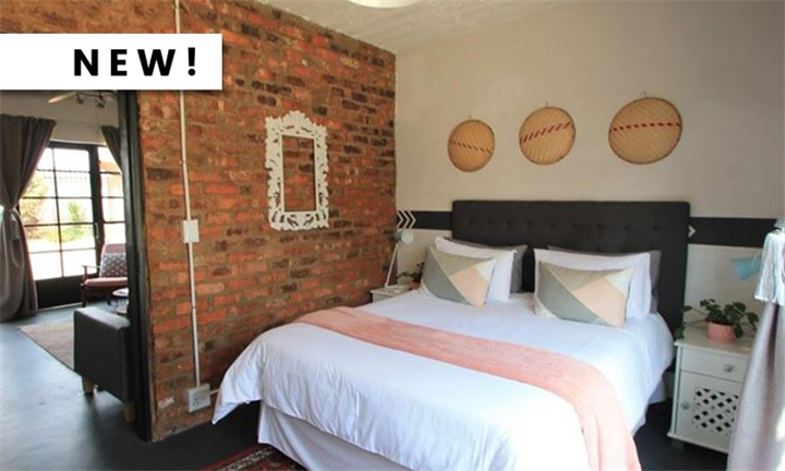 Centurion: 1 or 2-Night Self-Catering Stay for Two at Bedford Manor