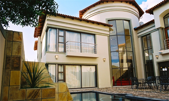 Western Cape: 1-Night Stay for Two at Castellon Boutique Hotel