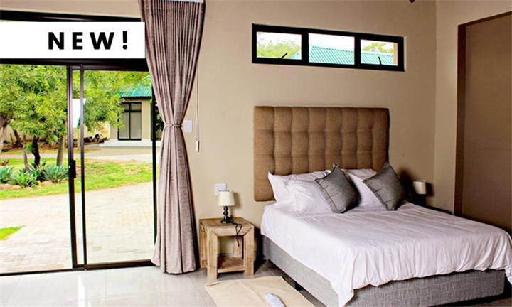 Pretoria: 1-Night Anytime Stay for Two Including Optional Breakfast & Dinner at Zoe Bush Lodge