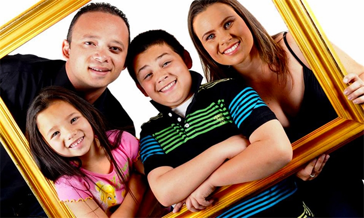 60-Minute Professional In-Studio Family Photoshoot for up to Four with 1 x Bonus Canvas Voucher at Emotions Studio