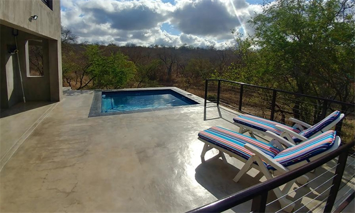 Marloth Park: 1 or 2-Night Self-Catering Stay for up to Six at Lionsview Private Lodge