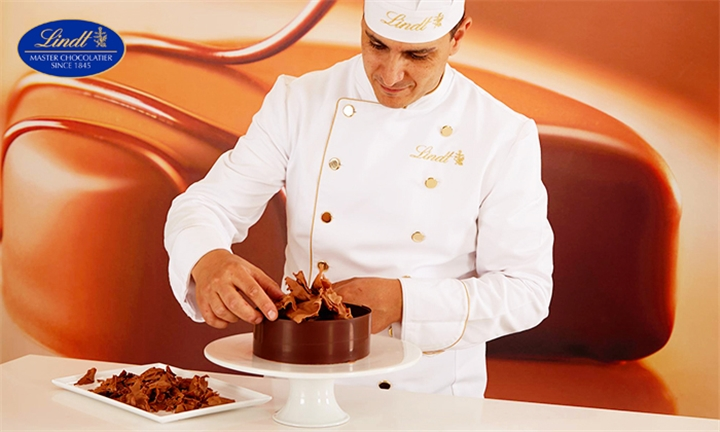 The Ultimate Lindt Chocolate Cake Making Class For Two – Lindt Chocolate Studio, V & A Waterfront