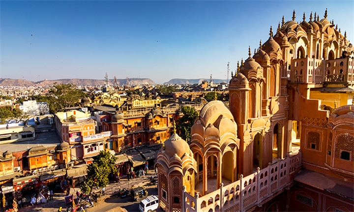 India: 10-Day Golden Triangle Tour with the Holy City Varanasi