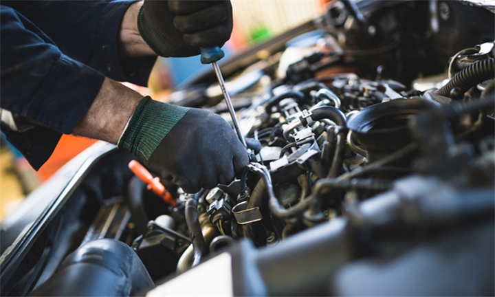 Minor or Major Car Service for One Vehicle from TW Auto Mechanic