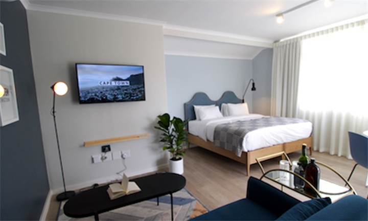 Western Cape: 1-Night Stay for Two in a Premium Deluxe or Private Suite at CURIOCITY Cape Town
