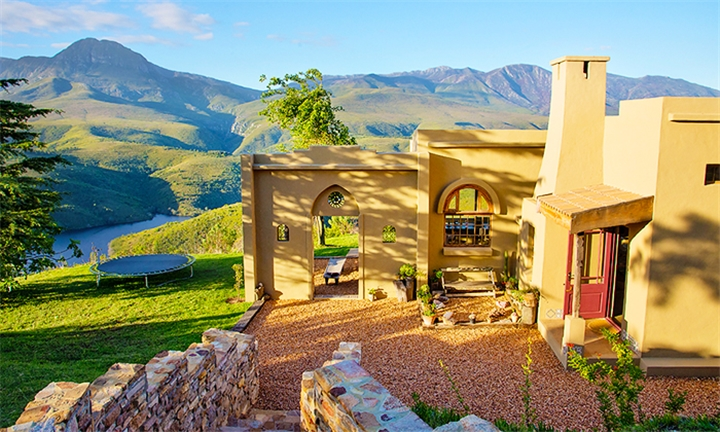 Western Cape: 2-Night Weekday Stay for up to Eight at Akasha Mountain Retreat