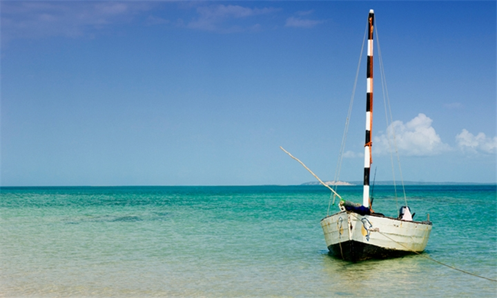 Mozambique: 4-Night Stay for up to Four at CampaBiki, Ponta do Ouro