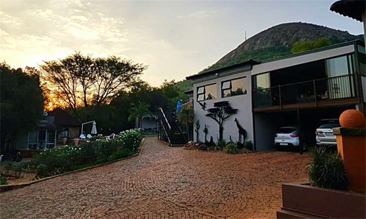 1-Night Midweek Dinner, B&B Stay for Two Including Full Body Massage, Spa & Meditation Discount at Magalies Mountain Lodge