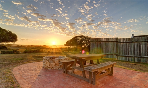 Western Cape: 1 or 2-Night Anytime Self-Catering Stay for up to Six at De Hoop Collection