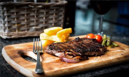 Choice of 300g Rump or Fillet Steak with Chips and Onion Rings for up to Four at Tree Stone Cafe