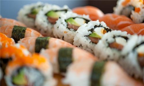 Tataki Oriental, Fourways: 33-Piece Sushi Platter to Share