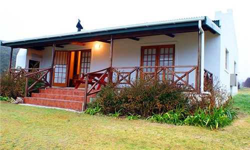 Western Cape: 1 or 2-Night Stay for Two at Akkerboom Country Cottages