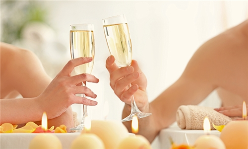 Pamper Package with a Glass of Bubbly at Top Notch Health and Beauty Spa