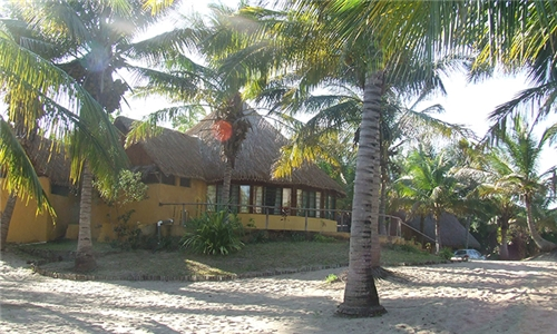 Mozambique: 5 or 7-Night Self-Catering Stay for Two in a Beautiful Chalet at Palm Grove Lodge