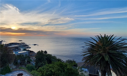 Cape Town: 1 or 2-Night Anytime Stay for Two with Breakfast at Beta Beach Guest House