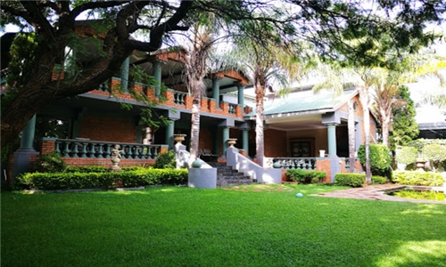 Pretoria: 1 or 2-Night Anytime Stay in a Standard or Luxury Room for Two Aves Indigo Guesthouse