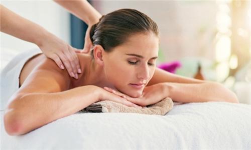 60-Minute Full Body Swedish Massage with Optional Treatments at Harmonie Beauty Lounge