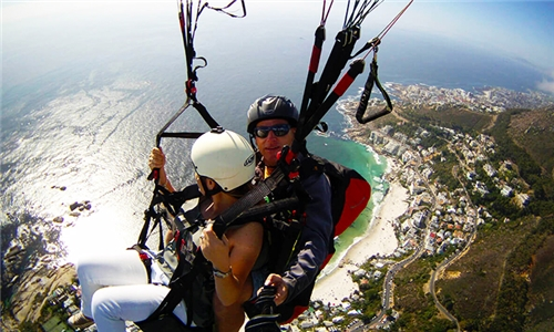 Tandem Paragliding Flight Experience with Tom's Instructional Tandems