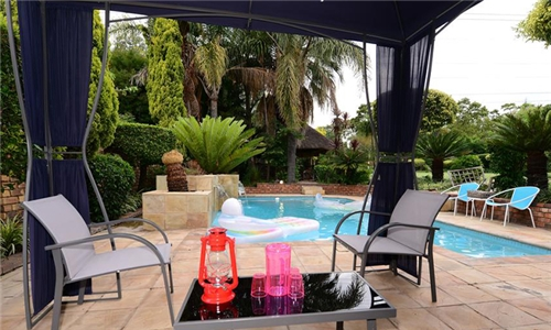 Johannesburg: 1 or 2-Night Stay for Two at Corgi Guest House