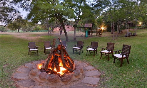 Hartbeespoort: 1 or 2-Night Stay for Two Including Breakfast at The Venue Country Hotel