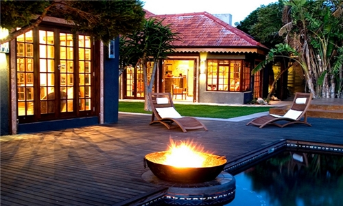 Port Elizabeth: 1-Night Anytime Stay for Two Incl Breakfast at Singa Lodge