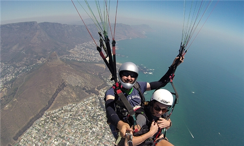 Tandem Paragliding Experience from Table Mountain Paragliding