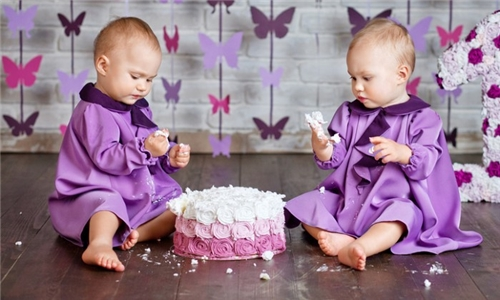 60-Minute Cake Smash or Standard Baby Photoshoot from Emotions Studio
