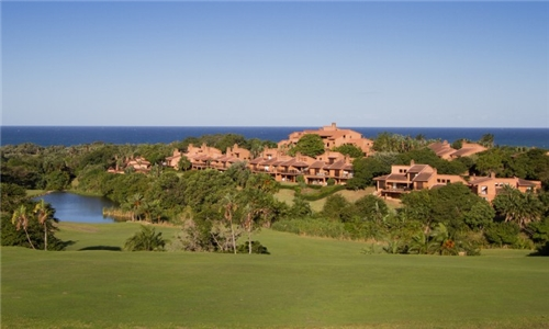 KwaZulu-Natal: 1 or 2-Night Stay for Two Including Breakfast at San Lameer Hotel & Spa