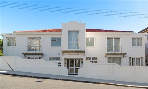 Western Cape: 1 or 2-Night Stay for Two in a Deluxe Room at Oxford House