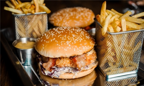 4 x Burgers and Chips with Delivery (excl) from Fahrenheit Seafood & Grill, Benoni