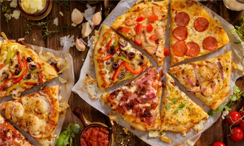Choice of Large Pizza Delivered to your Door (excl) from Santis