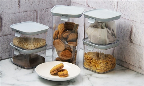 5-Piece Easy Lock Storage Container Set Including Delivery