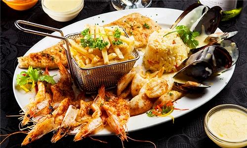 Pick-Up: Seafood Platter Including 2L Cold Drink from Vini's Restaurant