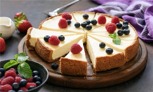 Online Course: Cheesecake for Beginners Course with Lead Academy