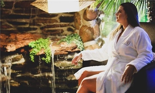 180-Minute Couples Spa Package at Pamperhauz Day Spa