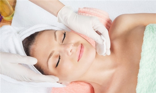 2, 4 or 6 x Neuskin Rejuvenation Chemical Peels from Salon Miabelle