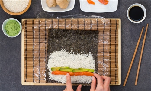 Pick-Up: DIY Sushi Box Including Sushi Making Class from Kiwondo's Sushi!