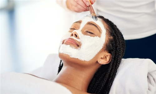 Light Chemical Facial Peel Treatment from Massage on Malcolm