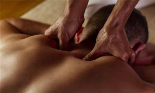 90-Minute Balinese or Deep Tissue Massage with Reflexology at Soul Therapy