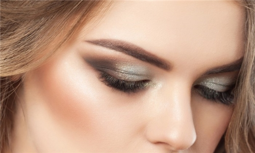 Full Set of Classic or Full Volume Eyelash Extensions from Gorgeous Hair and Beauty