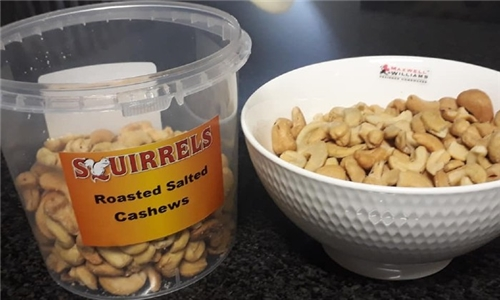 Pick-Up or Delivery: Choice of 3, 5 or 10 x 500g Tubs Flavoured Mixed or Cashew Nuts from Maika'i Foods