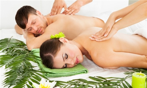 120-Minute Luxury Couples Package at Spa O2, 75 On Innes