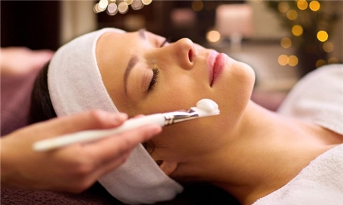 Online Course: Luxury Spa Facial from Course Gate