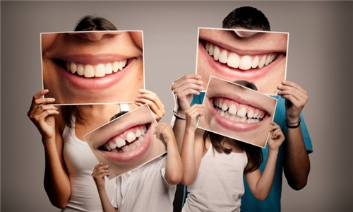 Teeth Whitening Session from La Glace Beauty Clinic