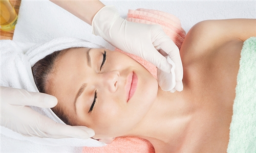 90-Minute Age-Defying Facial Peels at IDD Skin Sense Beauty Salon