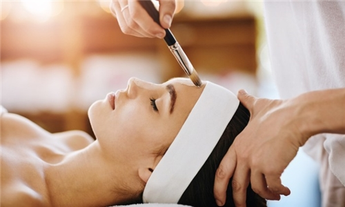 Reverse Signs of Ageing & Uneven Skin Tone with a Chemical Peel and LED Light Combo from Aesthetics
