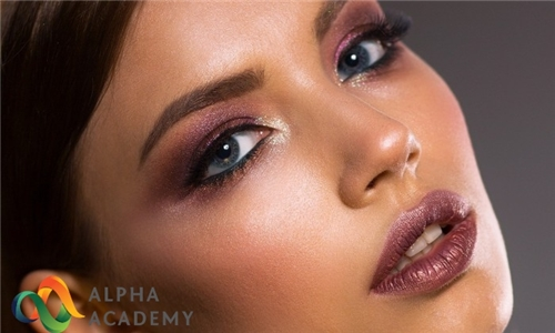 Online Course: Makeup Artistry: Complete Guide To Professional Makeup Artist from Alpha Academy