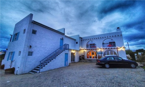 Western Cape: 1 or 2-Night Self-Catering Stay for Two at Bellamente Sirene Guesthouse